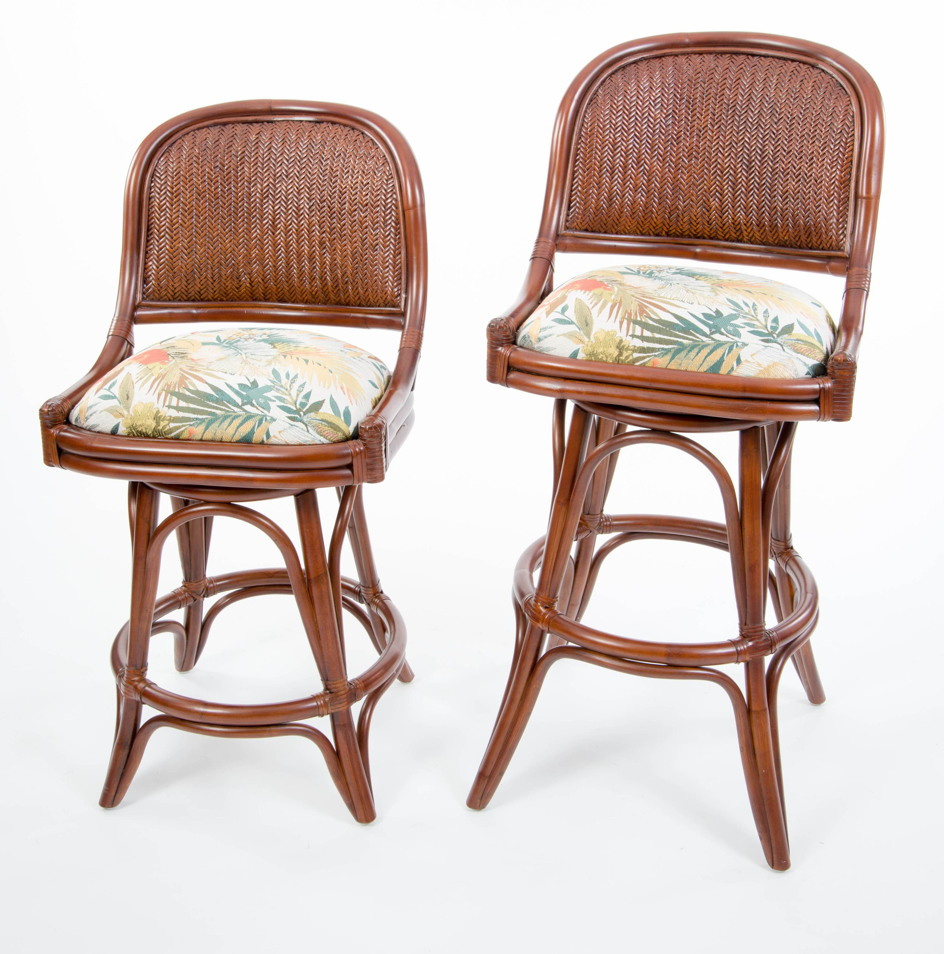 Pleasant Cayman Armless Swivel Barstool Sienna Finish Alexander Short Links Chair Design For Home Short Linksinfo